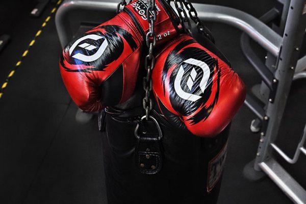 gloves-boxing-bag